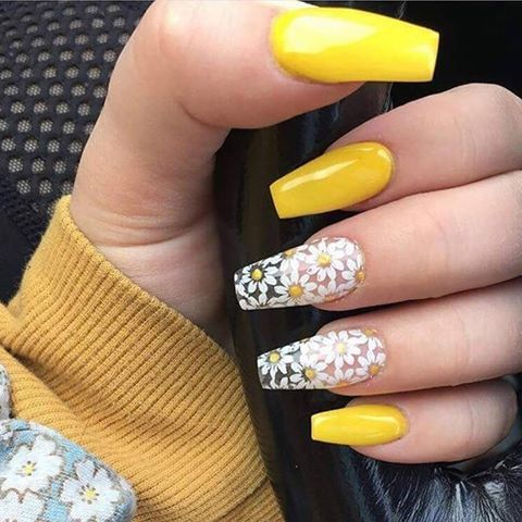 10 nail designs you must wear this summerthe yellow flower